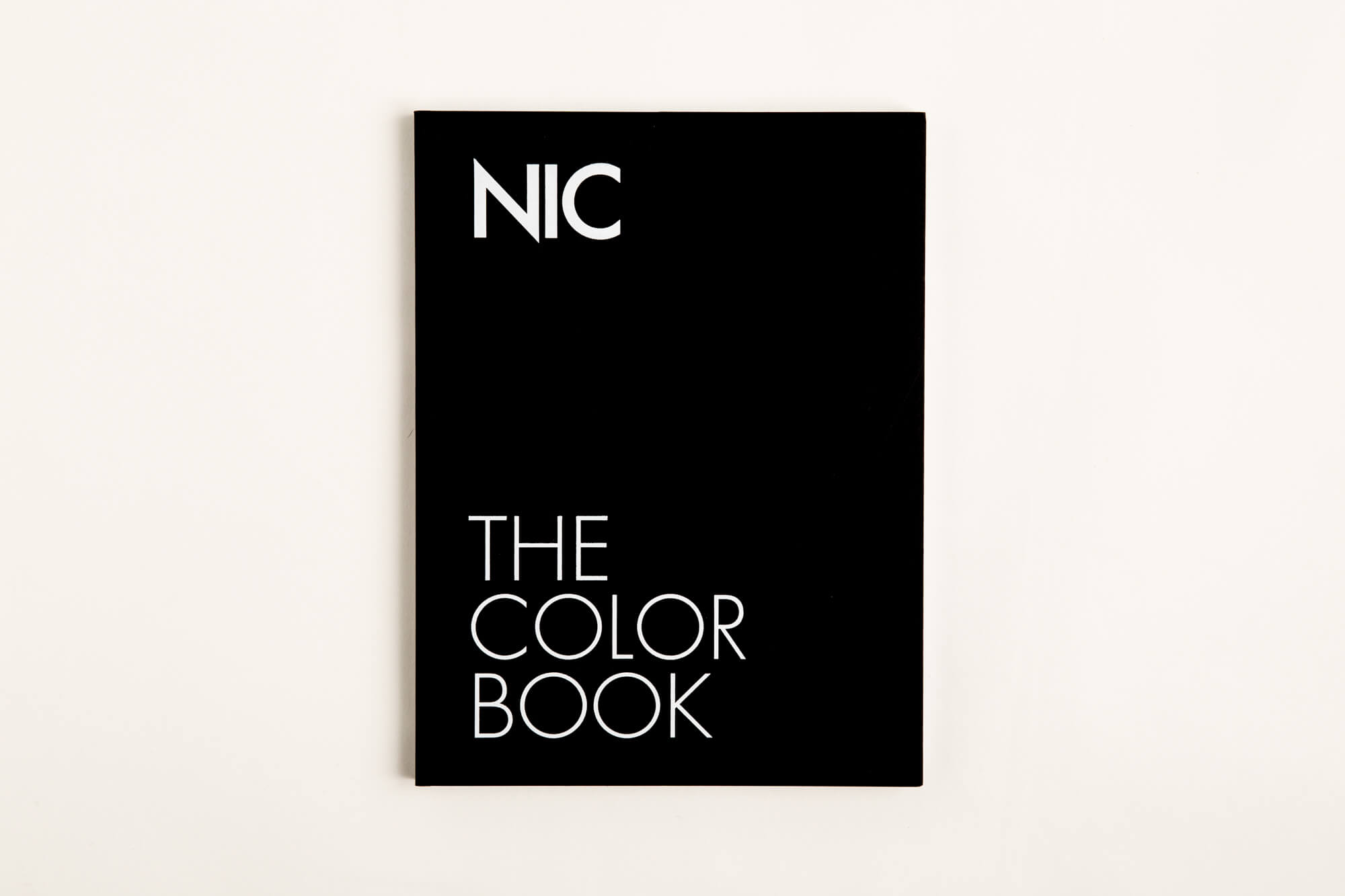 Nic – The Color Book